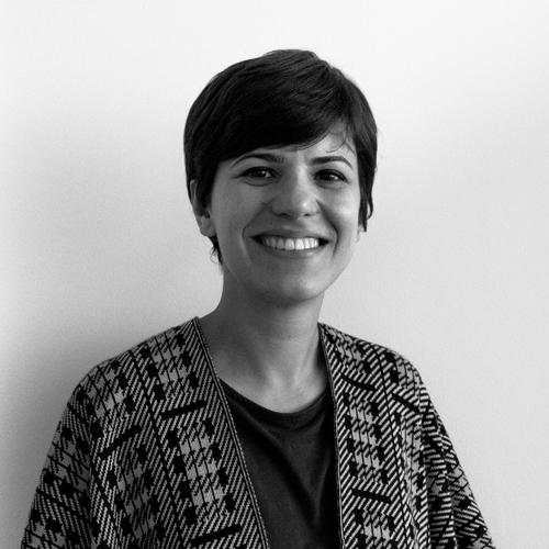 Aline Aliste Designer Gráfica
